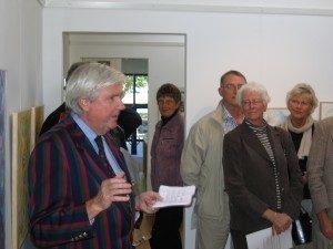 Vernissage Gösta Werner museet, Simrishamn. Leif Hjärre invigningstalar, 2006